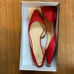 Nine West Red pointed flat size 10 comes with box
